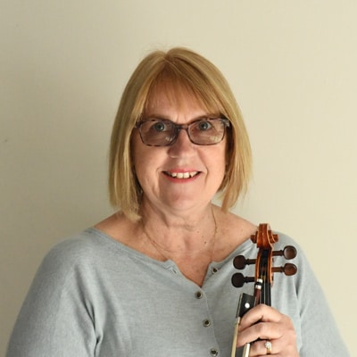 Sally Anne Wastney violin teacher, Nelson